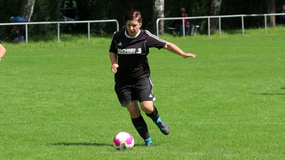 AWesA Jana Stolle SV Hastenbeck Fussball Oberliga Damen